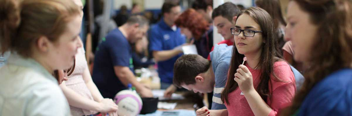 Clubs and Societies - Student Signing up on Registration Day - Maynooth University