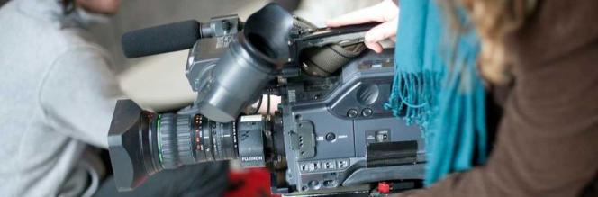 Media Studies - Girl With Camera - Maynooth University