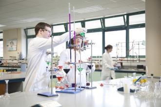 Chemistry - lab - Maynooth University
